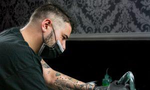 Simone Vessichelli tatuatore